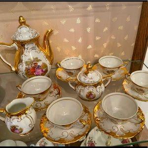 Antique Bavaria 17 pcs coffee set